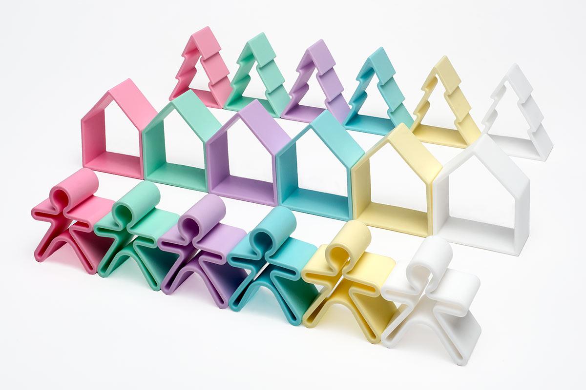 pack-18-piezas-nuestros-juguetes-dena-is-possible-2