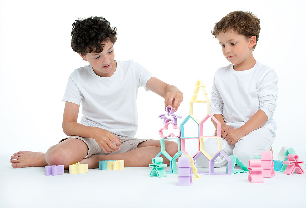 pastel-gallery-galeria-dena-kids-dena-house-pack-6-juguetes-silicona-toys-2