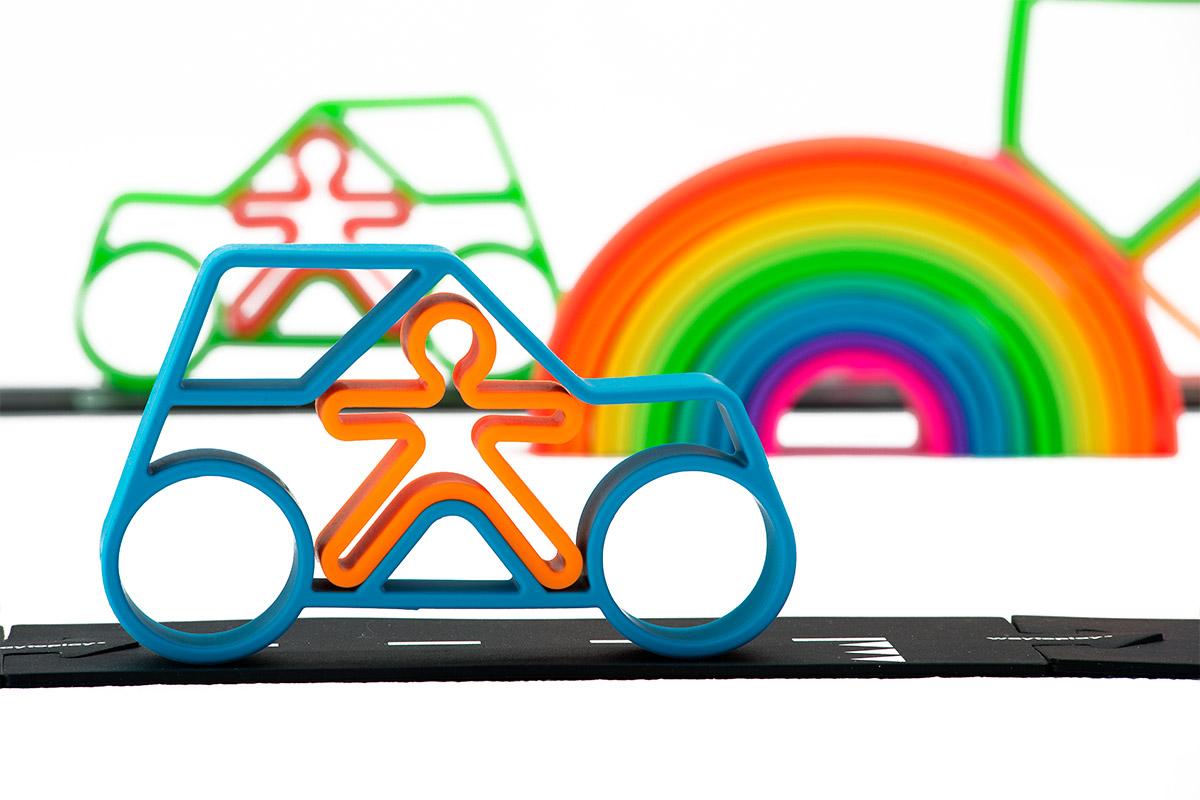 lifestyle-neon-dena-car-dena-toys-4